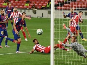 Атлетико Мадрид стигна до равентво 2-2 с Барселона