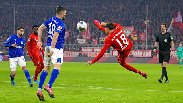 Байерн Мюнхен срещу Шалке 04