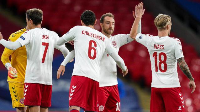Дания срещу Австрия