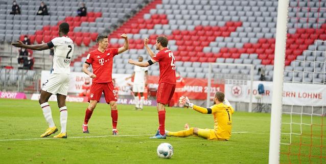 Айнтрахт Франкфурт срещу Байерн Мюнхен