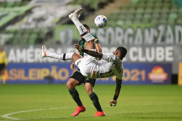 Сантос срещу Атлетико Паранаенсе