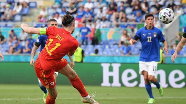 Уелс срещу Дания